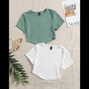 Shein// crop top bundle size medium